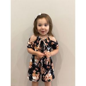 Other - NWT Youth Cold Shoulder Floral Romper